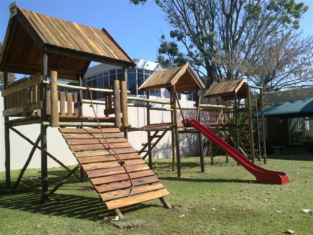wooden-jungle-gym-front-of-combo-unit.jpg